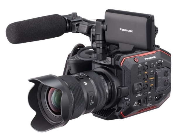 Panasonic-AU-EVA1-Handheld-Cinema-Camera